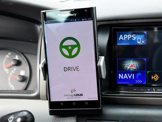 Apps to Fight Distracted Driving   DMV.ORG
