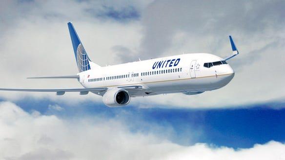 United-737-900ER