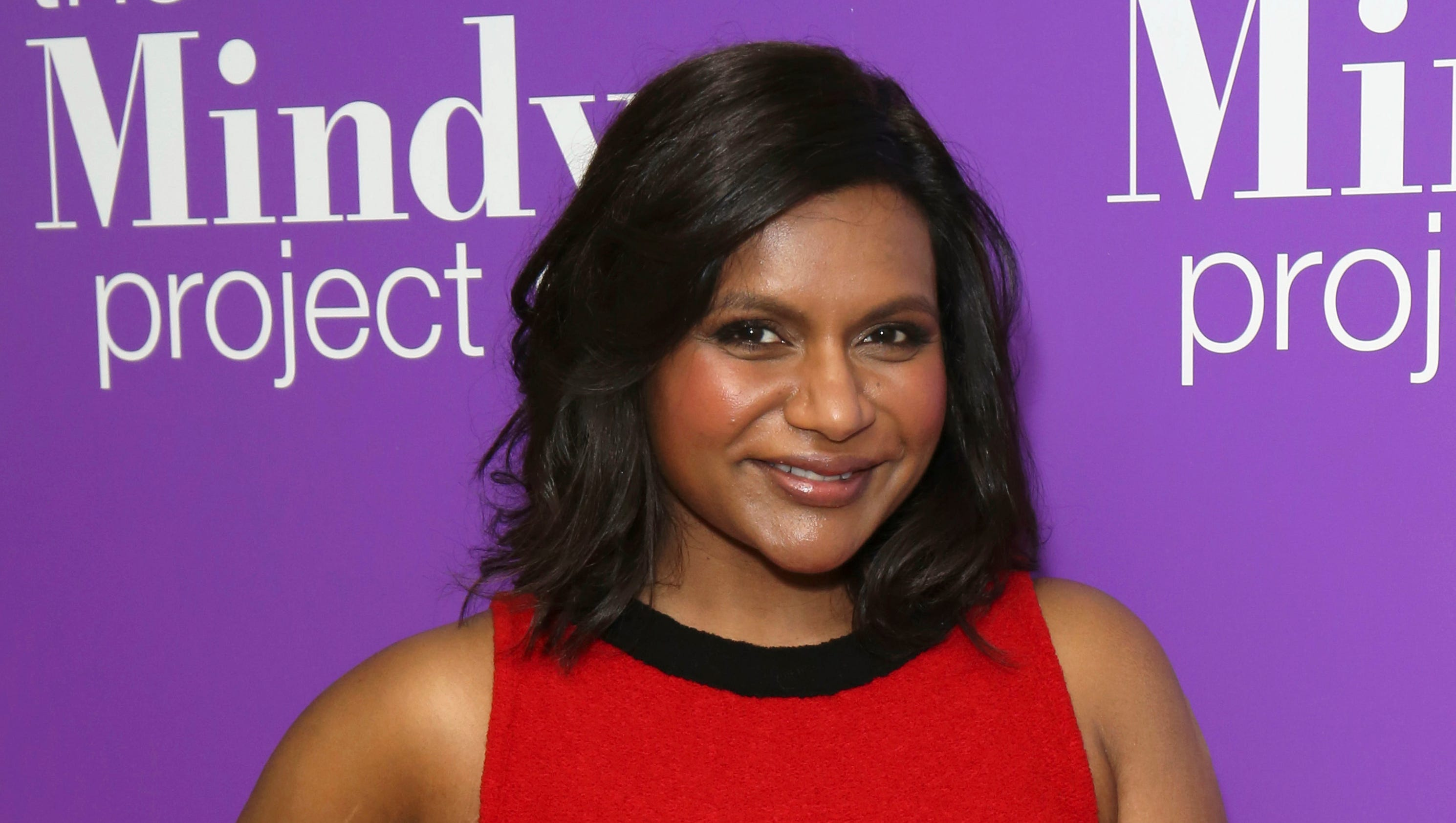 Michelle Collins Fakes Minimalist mindy's 'project' calls it a day with hulu series finale