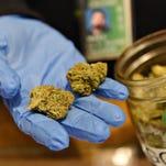 Denver marijuana stores receive later closing time