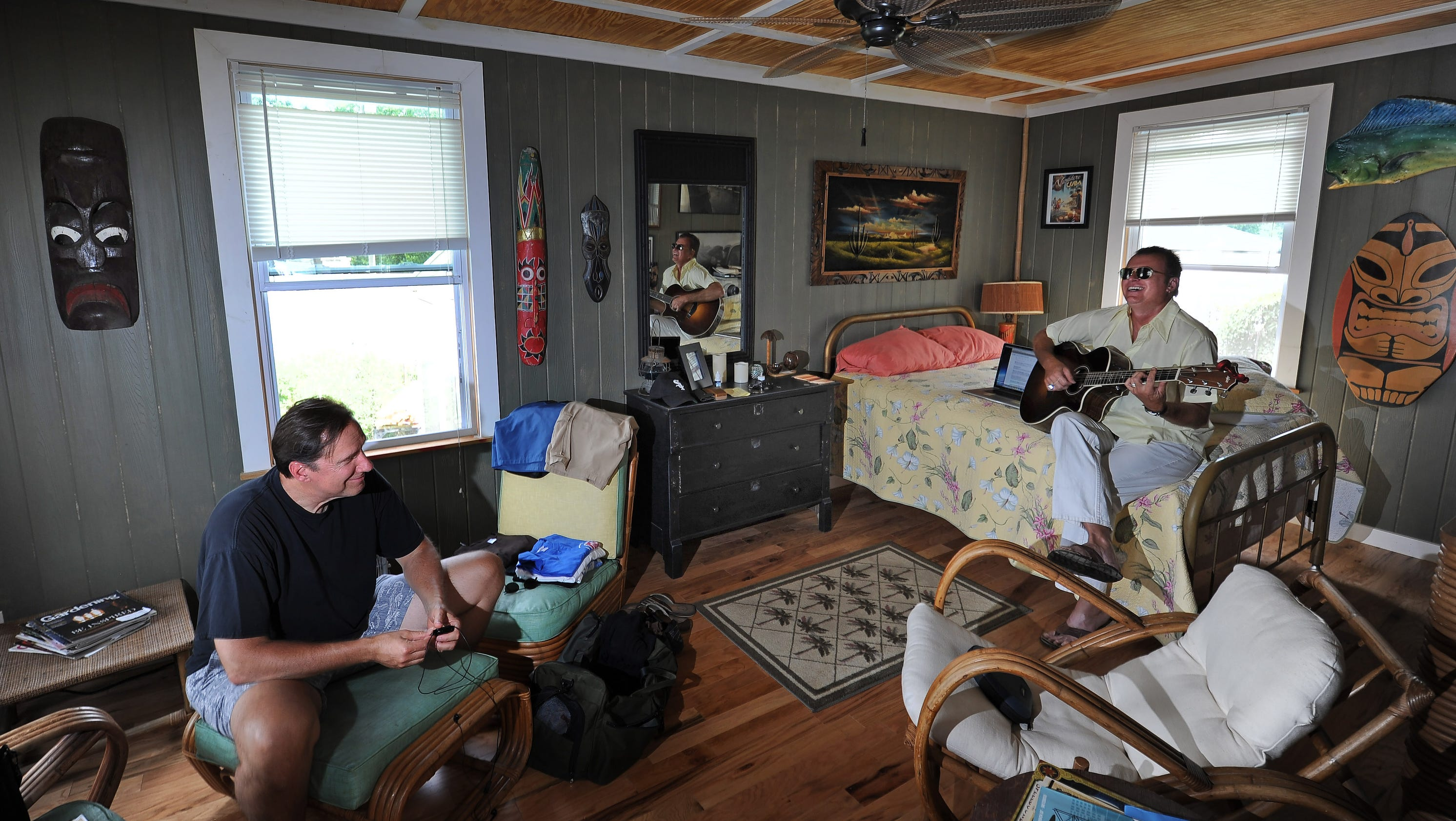 Nashville Eliminates Sign Ban At Airbnb Homes