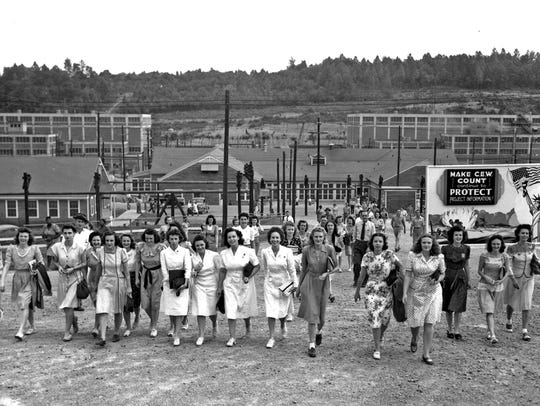 A shift change for Manhattan Project workers at Y-12