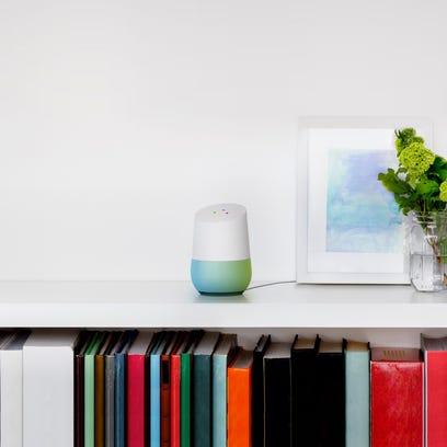 Google Debuts Smart-Home Speaker, Chat Service