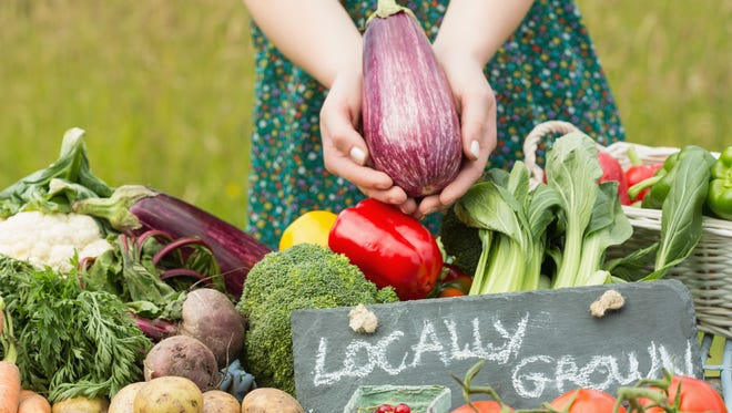 Most Arizona local farmers continue to harvest throughout the summer, but farmers market shoppers go on hiatus due to the heat. If you are brave enough to endure the heat, here are 10 farmers markets that will stay open through the summer.