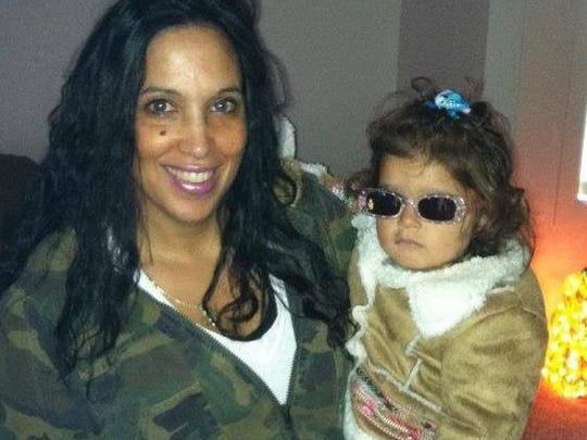 Brenda Leuzzi and daughter, Peyton. Brenda was 44 when she died of cancer that was worsened by a morcellation procedure.