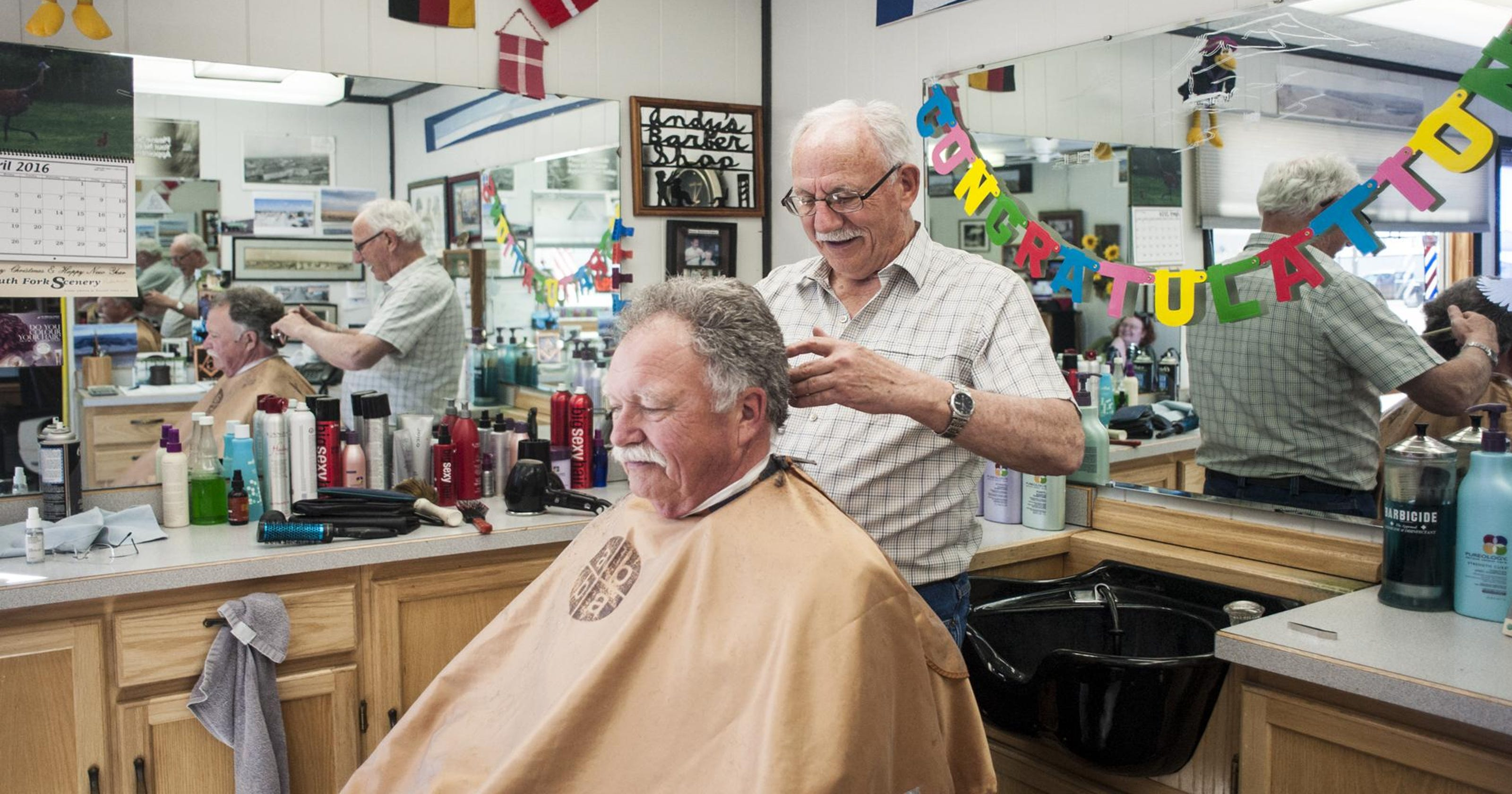 Stanford Barber Marks Haircut History