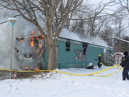 635562290974686087-Three-Rivers-Fatal-Fire---Three-Rivers-Commercial-News