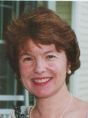 Lynn Evans, columnist