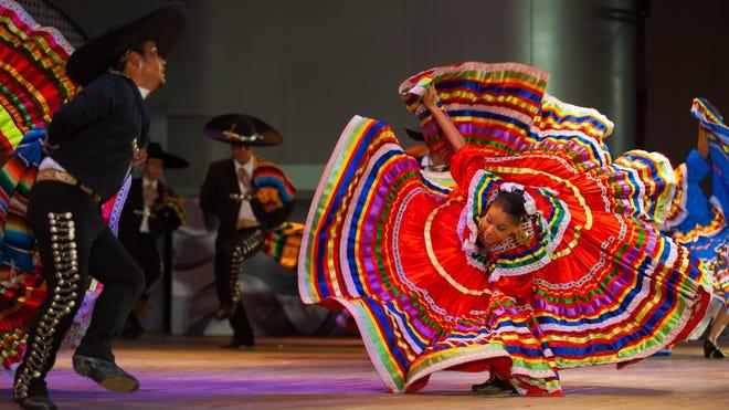 Cada año comunidades a lo largo y ancho de Estados Unidos celebran el Mes de Herencia Hispana que oficialmente empieza el 15 de septiembre y se extiende hasta 15 de octubre.