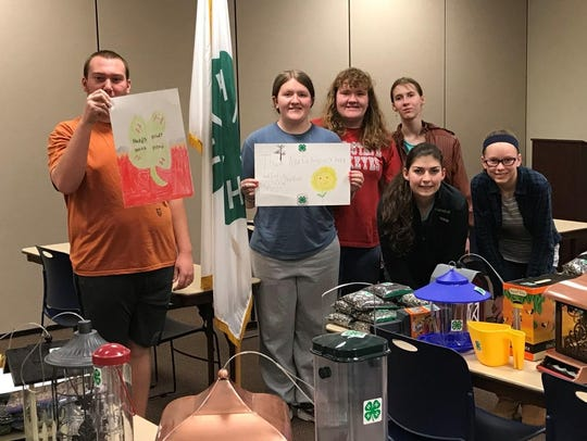 The Kindred Hearts 4-H members involved in the birdhouse