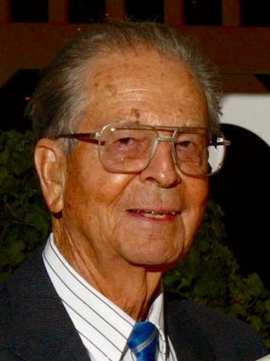 Herbert Clair Norman passed away on May 19, 2015 in Fort Collins, CO.  He was born on February 2, 1923 to Ralph and Mina Norman in Fargo Oklahoma.