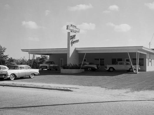Historical Vignettes Car Dealerships Roll Into Stuart A