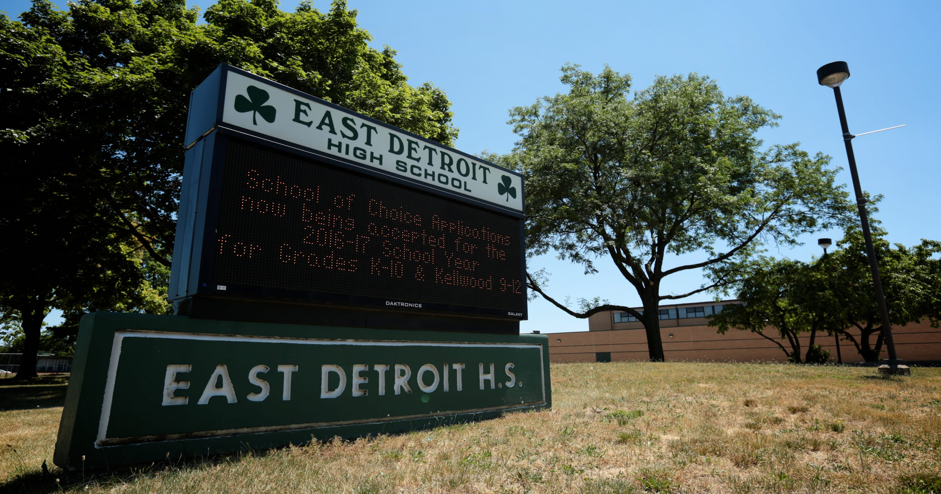 schools of choice creating white flight in metro detroit