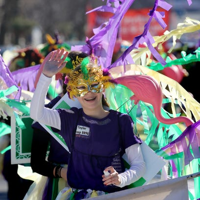 Temperature rises for Cedarburg Winter Festival Parade