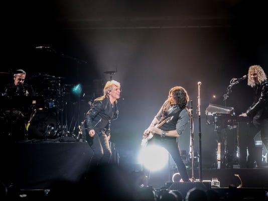 Photos: Bon Jovi in Phoenix, March 2017