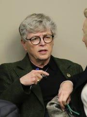 MSU President Lou Anna Simon arrives Wednesday afternoon,