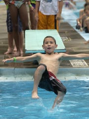 An effort to replace Colburn Pool in Green Bay met its fundraising mark of $1 million.