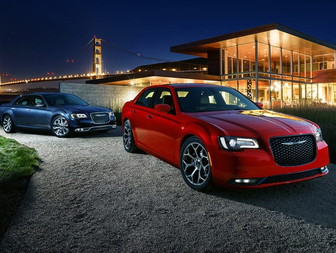 New Chrysler 300 sedan's iconic and unmistakable exterior