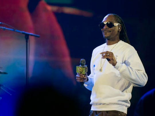 Snoop Dogg performs at the EA Sports Bowl at Club Nomadic on Thursday, Feb. 2, 2017 in Houston.