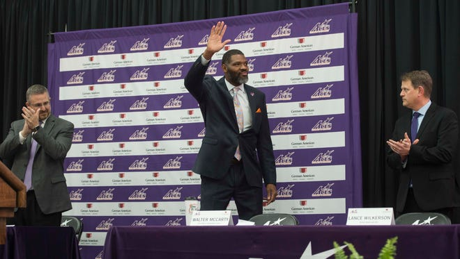 Former Boston Celtics assistant Walter McCarty replaced Marty Simmons as the next Evansville Purple Aces head coach in March.