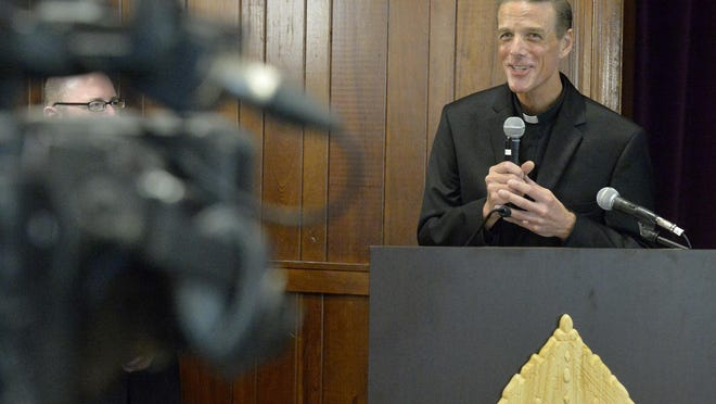 Bishop-Elect Rev. Stephen D. Parkes was introduced to the Savannah community at a news conference held at the Catholic Pastoral Center Wednesday morning. Earlier, Pope Francis announced his appointment of Reverend Parkes to serve as the 15th Bishop of the Diocese of Savannah.