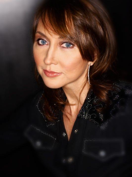 Pam Tillis