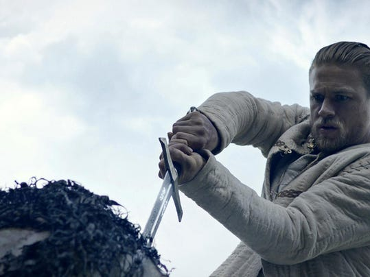 Film Review King Arthur: Legend of the Sword (2)