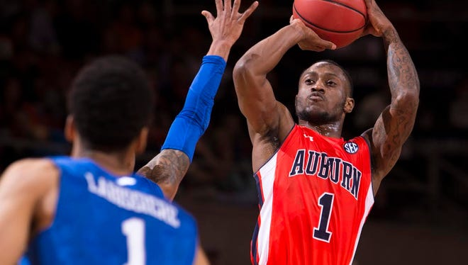 Auburn guard Kareem Canty led all scorers with 26 points in the Tigers 75-70 upset win over No. 14 Kentucky Saturday.
