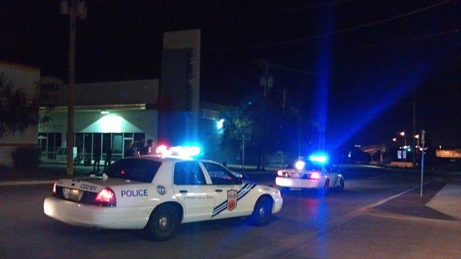 El Paso police investigate shooting in Central El Paso on Aug. 5, 2015.