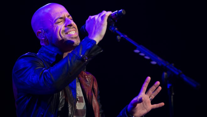 Chris Daughtry performs at the Rochester Hall of Fame induction ceremony Sunday.