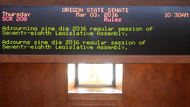 Senate concurrent resolution 208 for Sine Die to adjourn the 2016 legislative session at the Oregon State Capitol in Salem on Thursday, March 3, 2016.