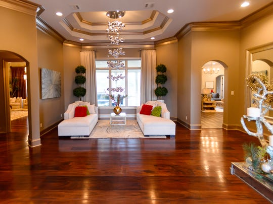 This 6 bedroom, 4 1/2 bath home has 4764 living square