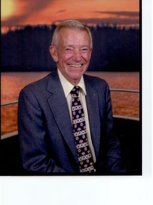 Robert (Bob) M. Rankin, age 81, passed away on December 19, 2014 after a lengthy illness.