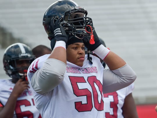 UL offensive lineman Robert Hunt moved from tackle