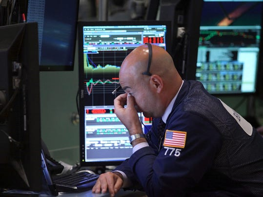Dow Plunges Over 450 Points On Chinese Manufacturing Data