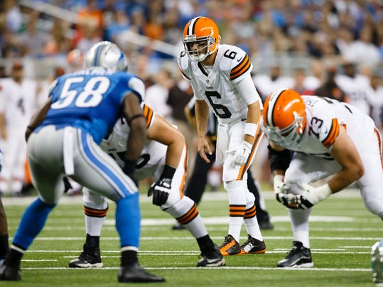 MNCO 0828 Browns need to get offense rolling.jpg