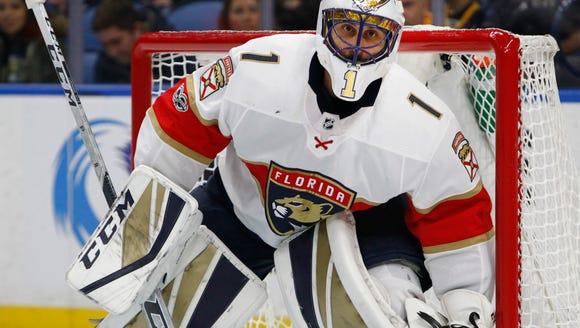 Florida Panthers goalie Roberto Luongo (1) looks on
