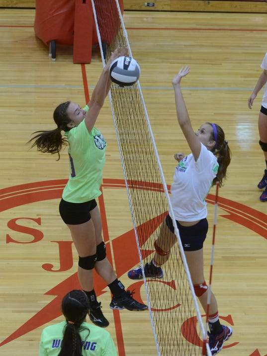 MNCO 1016 Final Girls Volleyball State Poll.jpg