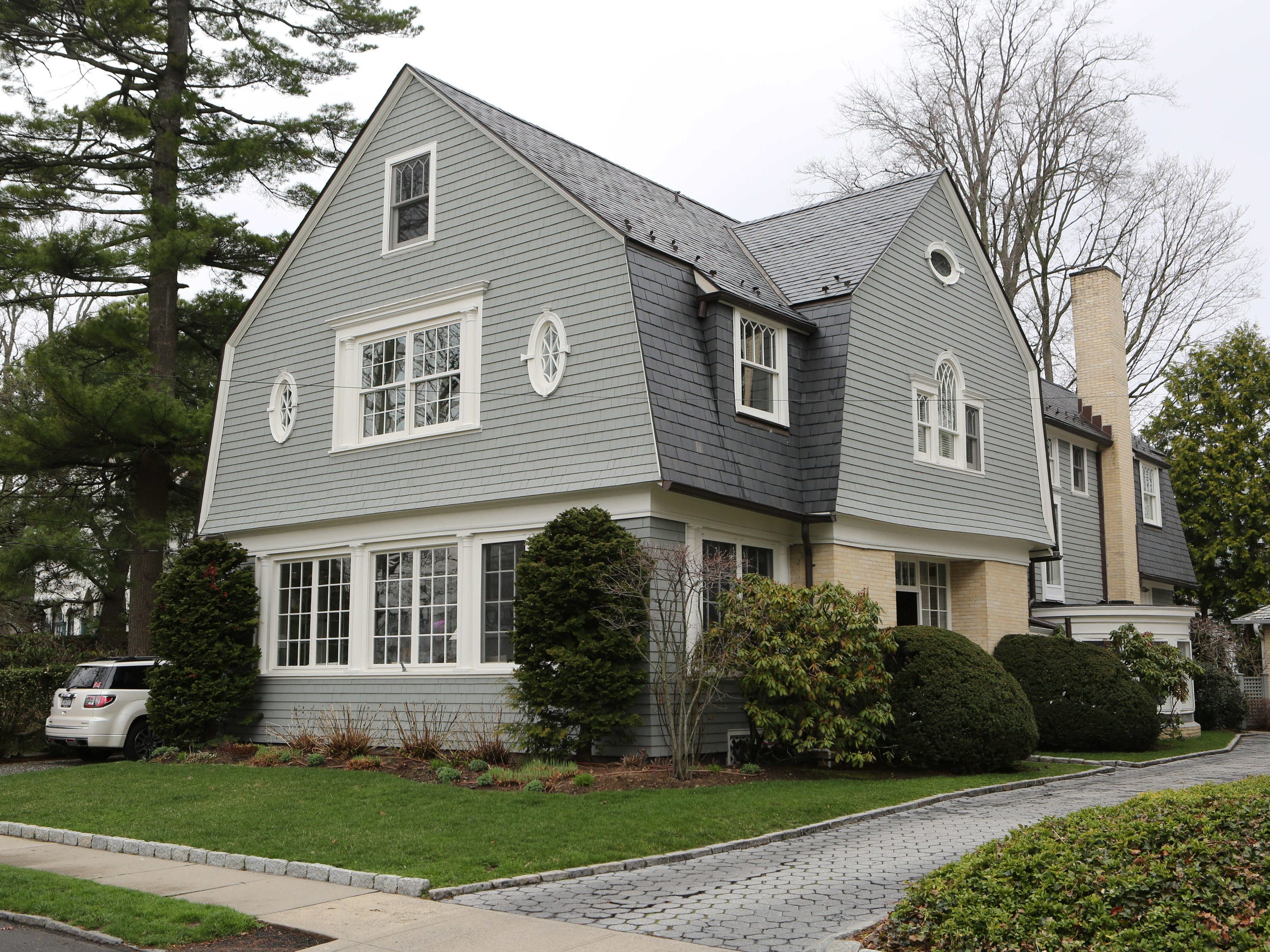 This house on Park Avenue is part of the 2015 Larchmont