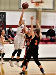 Roby's Hallie Rose Edmondson puts up a shot on the