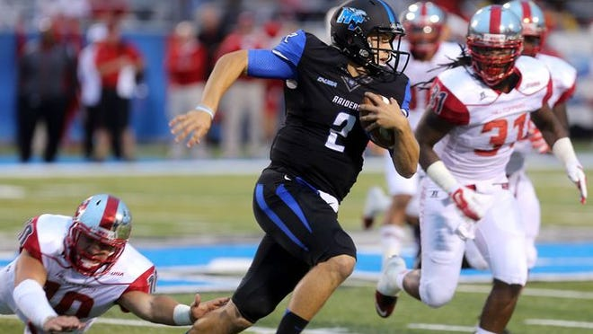 MTSU quarterback Austin Grammer (2) was named Athlon's Conference USA player of the week on Sunday after his 343-yard, four-touchdown performance against Western Kentucky on Saturday at Floyd Stadium.