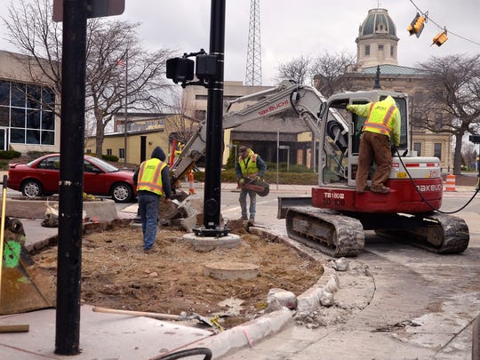 Crews returned to work Thursday at the intersection of Military and Water streets in Port Huron.