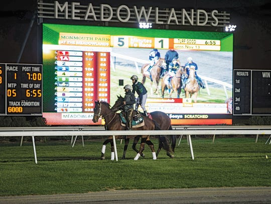 Thoroughbred Horse Races at the Tri-State Food Truck