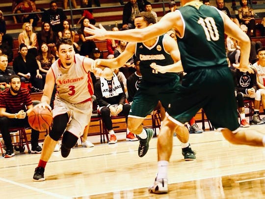 Ryley Callaghan playing for NCAA Division II Hawaii-Hilo.