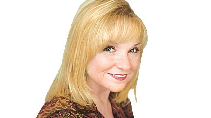 KRT MUG SLUGGED: LYNN KRT PHOTOGRAPH - Jodie Lynn writes the parent-to-parent column for the KRT News Service. (KRT) NC KD 2002 (Vert) (smd)