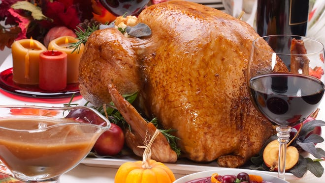 Federal health officials warning people to be extra careful when handling raw turkey due to salmonella outbreak that has sickened 164 and killed one person in California.