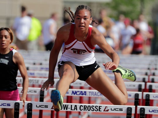 Brooklyn Blackburn, of Wauwatosa East qualifies second