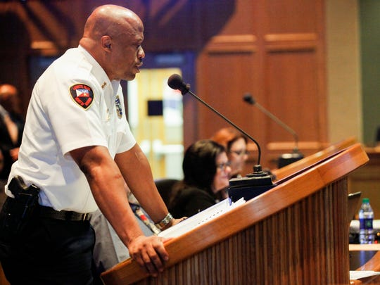 Deputy Police Chief Reggie Thomas is urging the Lafayette city-parish council to approve a pay increase for police.