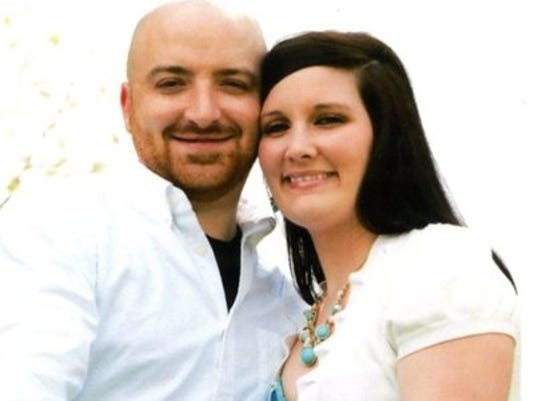Engagements: Carrie Ann Elliott & Jason Robert Paulsell