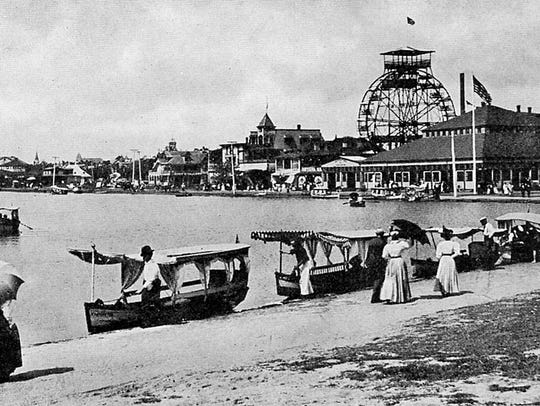 A turn-of-the-century postcard depicts the wheel with